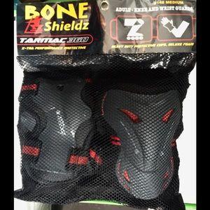 KNEE & WRIST Guards NEW w Tags-Adult, Bone Shieldz